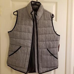 Merona Herringbone Puffer Vest Size Large.